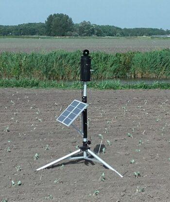 laser-ganzen-zonnepaneel-1-e1617129347863.jpg